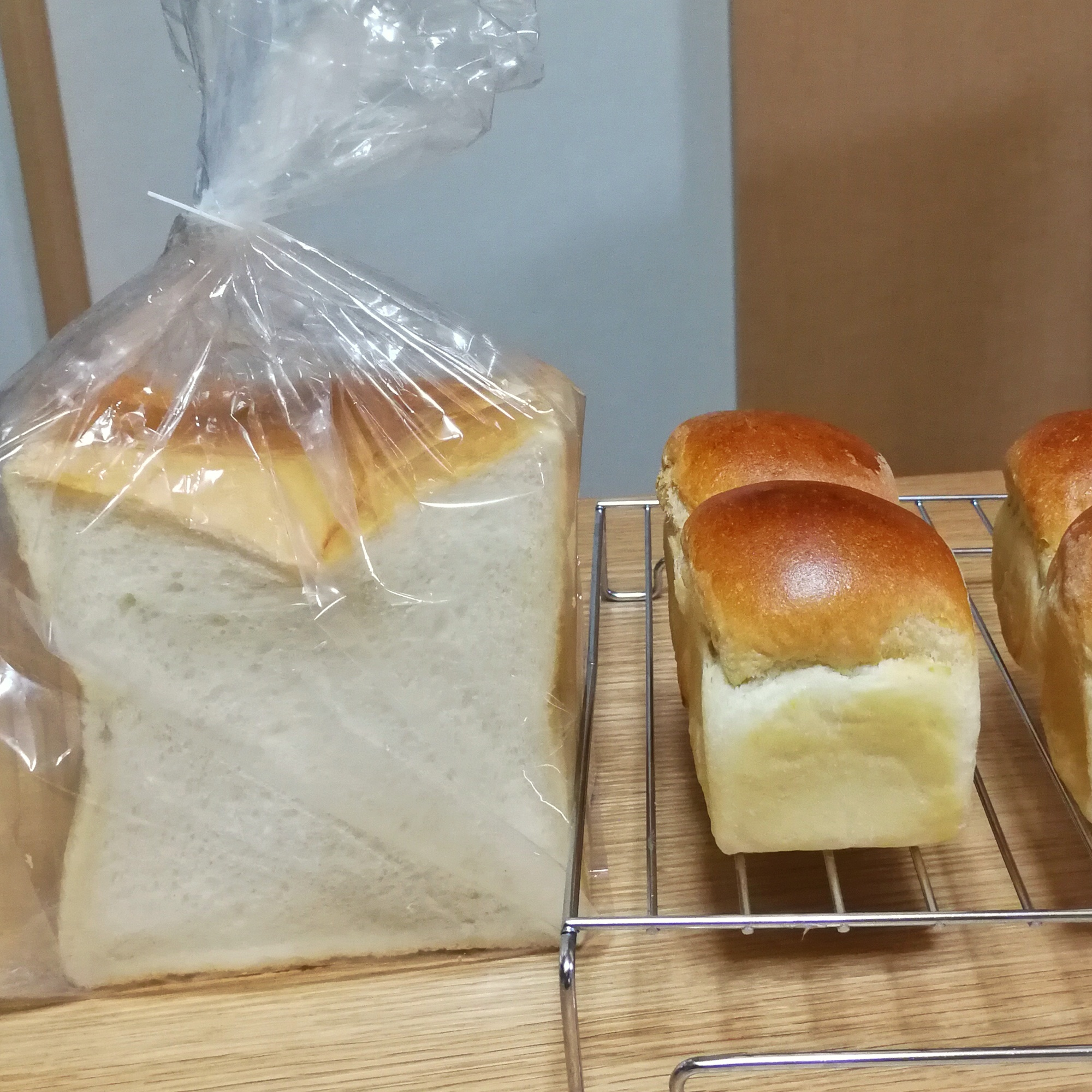 ミニミニ食パン3